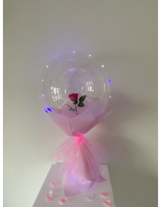 Valentine's flower in balloon